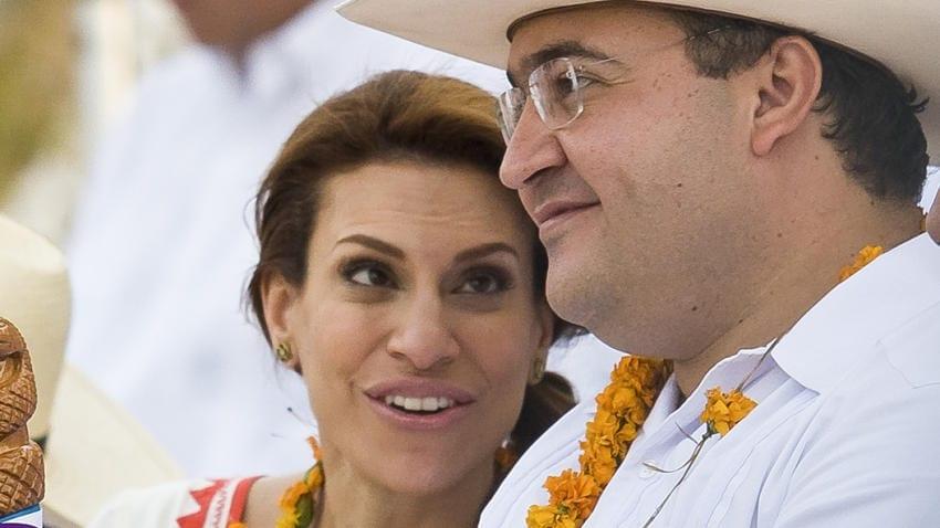 Photo of Los gastos de la esposa de Duarte siguen apareciendo; más cara que una reina