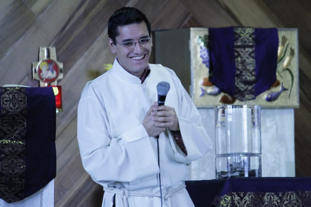 Photo of Detienen a sacerdote ligado con asesinato del joven Leonardo Avendaño