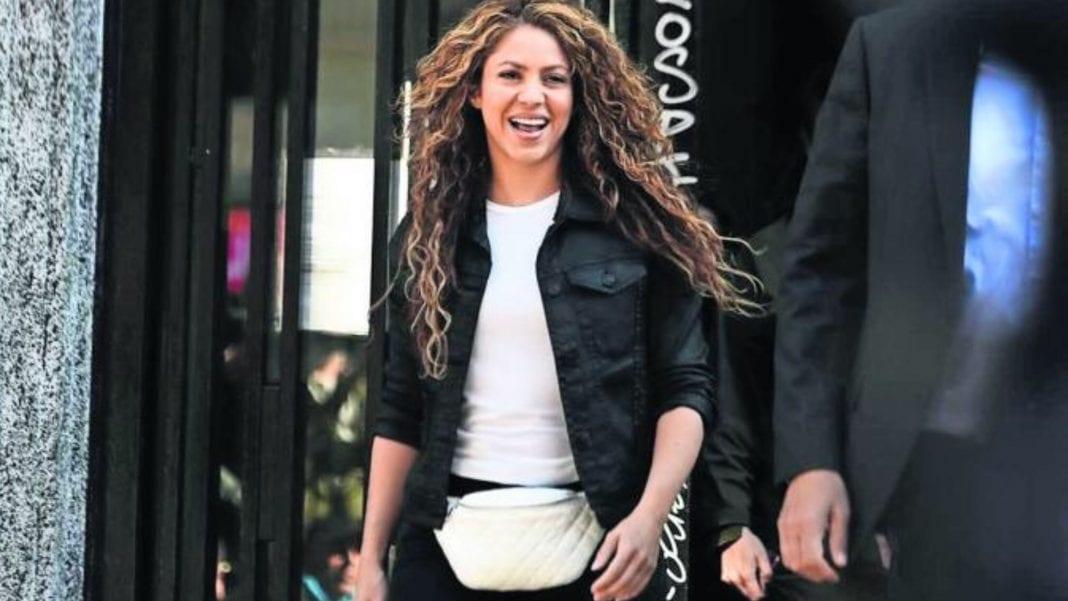 Photo of Shakira comparece ante juzgado tras acusación de delitos fiscales