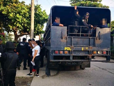 Photo of 100 policías detenidos en Chiapas por cohecho, homicidio calificado y tortura
