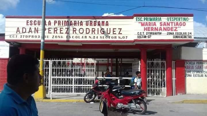 Photo of Niña con VIH es expulsada de una primaria; su maestra promovió la salida