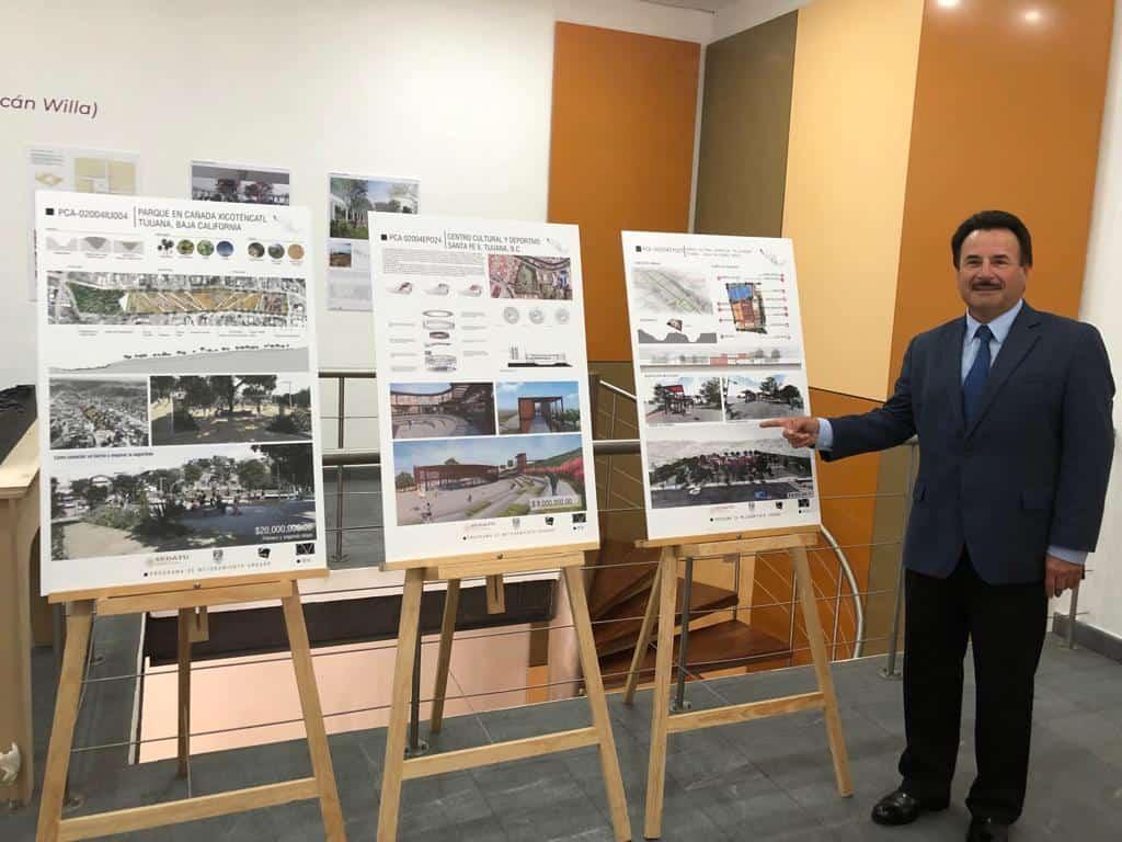 Photo of Alcalde firma Gastélum convenio con SEDATU
