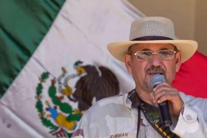 Photo of Exlíder de autodefensas regresa a las armas ante inseguridad