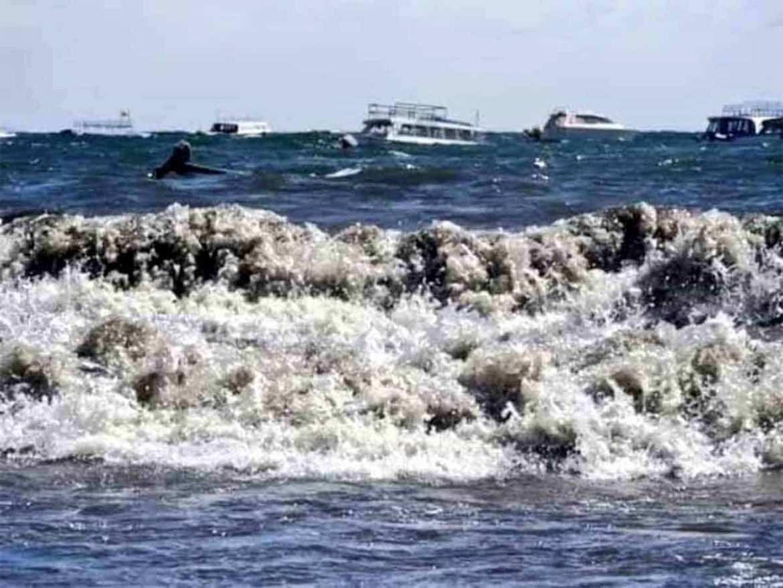 Photo of Alarma la aparición de olas de hasta 2 metros en Lago Titicaca