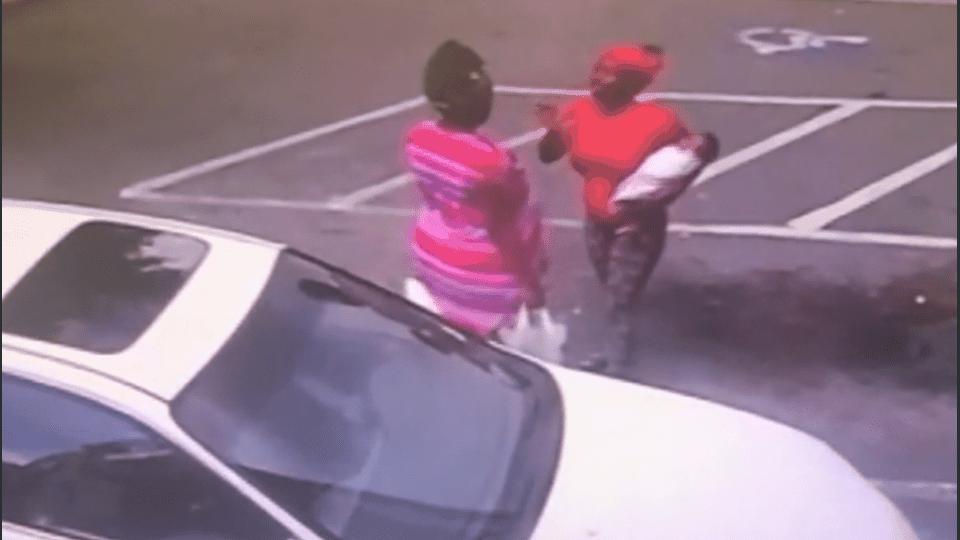 Photo of Bebé muere al caer de los brazos de su madre en una pelea