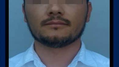 Photo of Policía apresa a joven al tramitar Visa con título universitario y cédula apócrifos