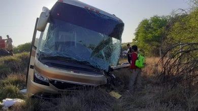 Photo of FOTOS: Grupo musical sufre aparatoso accidente