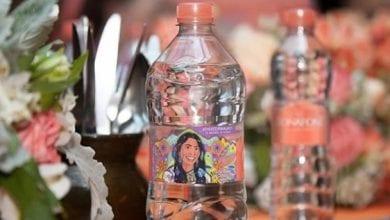 Photo of Critican a Yalitza Aparicio por promocionar el uso de botellas de plástico