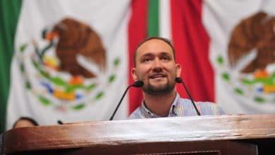 Photo of Diputado de Morena propone regular la prostitución