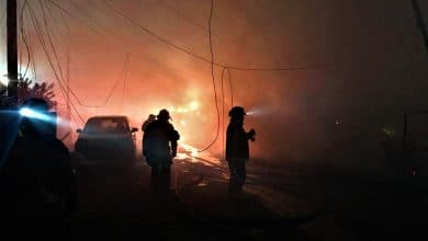 Photo of Incendios arrasan más casas en Tijuana