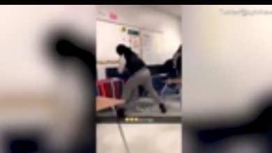 Photo of Graban a maestra dando brutal golpiza a niña con necesidades especiales