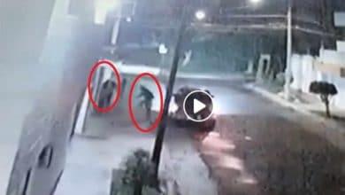 Photo of VIDEO: Corretean a tres chicas para subirlas a una camioneta