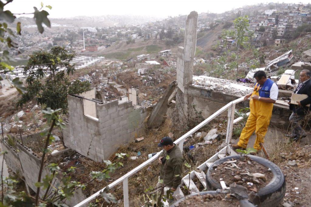 Recomiendan evacuar viviendas en Lomas del Rubí