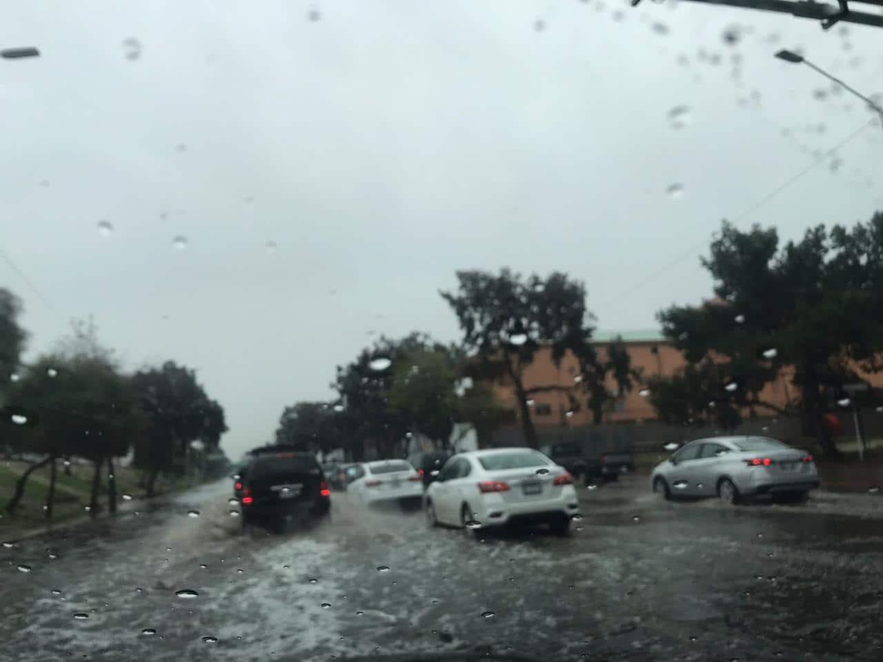 Estas vialidades presentan problemas con las lluvias