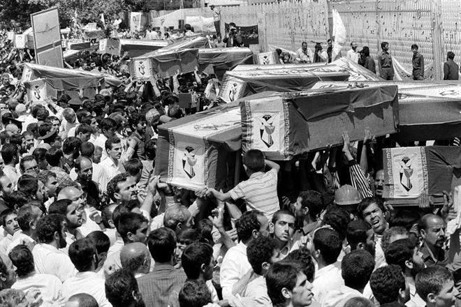 Cuando EU derribó un avión iraní con 290 personas