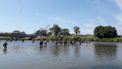 Photo of Ingresa caravana migrante a México por el río Suchiate