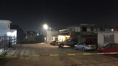 Photo of Rafaguean a varios mientras convivían en su casa