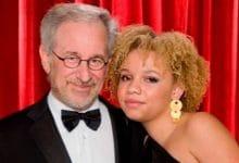 Photo of Hija de Steven Spielberg debuta como actriz porno