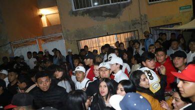 Jóvenes arman fiesta clandestina pese a contingencia