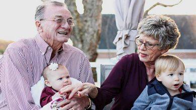 Juez obliga a mujer a eliminar fotos de sus nietos de redes