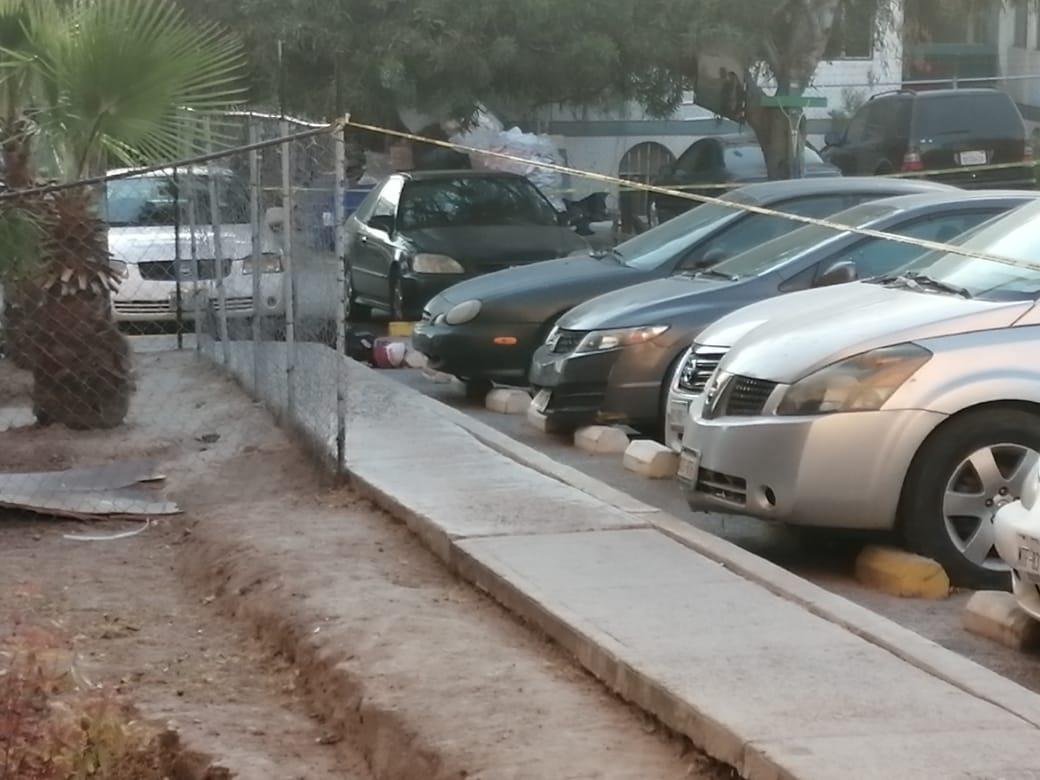 Asesinan a 'el Greñas' en estacionamiento de Infonavit
