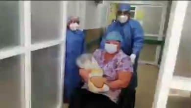 Bebé de cuatro meses vence al covid-19