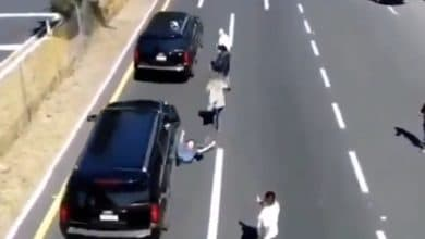 Photo of VIDEO: Convoy de López Obrador atropella a joven