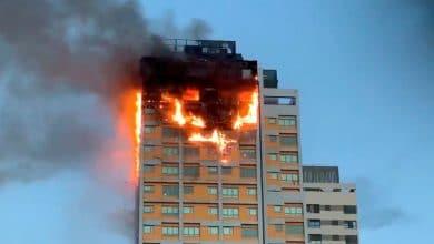 Photo of Incendio consume varios pisos de un edificio en Madrid