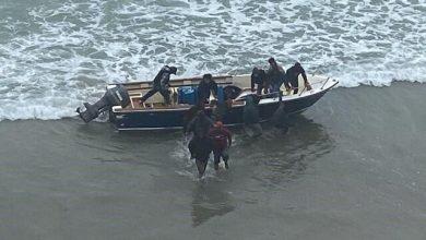 Photo of Detienen a 14 personas tras desembarco en playas de San Diego