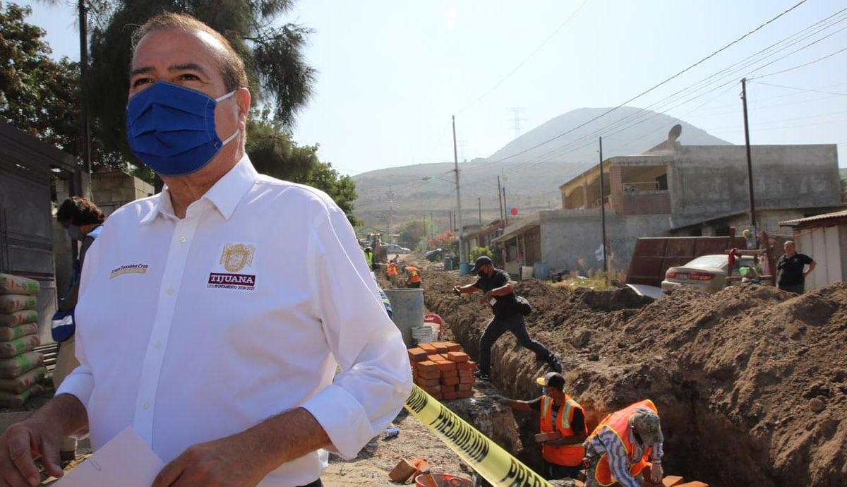 Más-de-4-mil-beneficiados-con-obra-de-drenaje-sanitario-en-Los-Girasoles