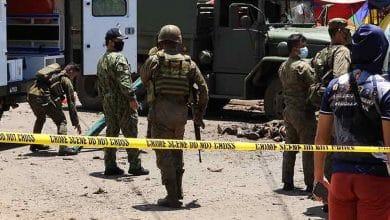Photo of Doble atentado deja muertos y heridos; entre ellos policías