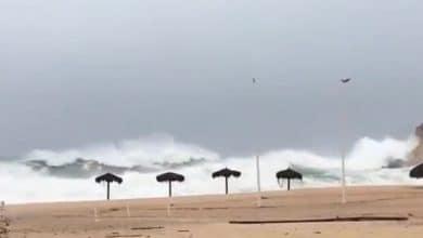 VIDEO-Decretan alerta roja por huracán 'Genevieve'