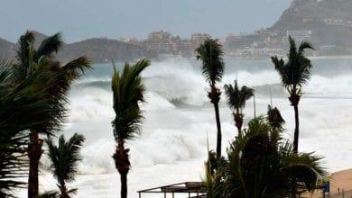 Genevieve-provocará-lluvias-y-olas-de-10-metros