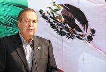 Photo of González encabeza acto cívico de 210 Aniversario de Independencia