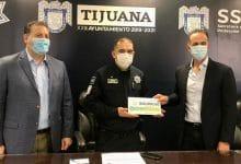 Photo of Patronato de Tijuana Agradecida apoya a policías para cursar la prepa