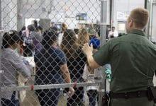 Photo of Denuncian extracción de útero en centros de detención migratoria