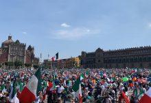 Photo of Miles se reúnen en el Zócalo, piden renuncia de AMLO