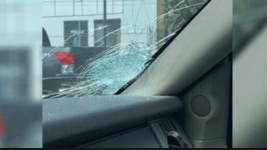 Photo of Detienen a mujer por lanzar piedras a autos en la vía rápida