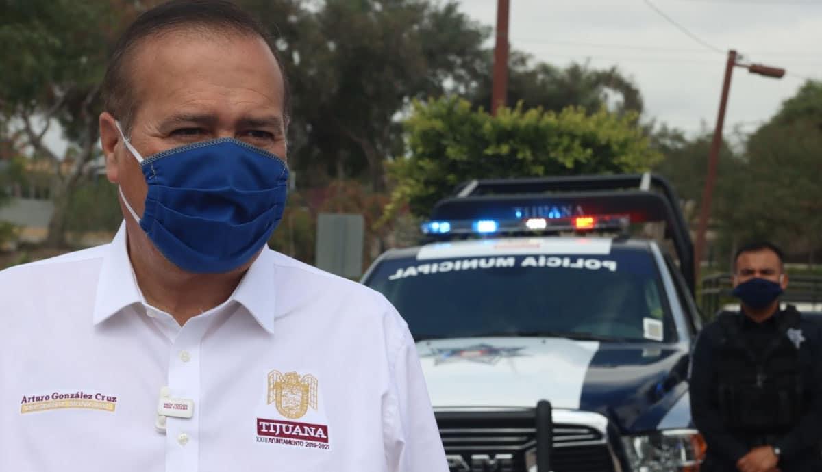 Ayuntamiento-logra-histórico-incremento-salarial-a-bomberos-y-policías