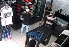 Photo of VIDEO: Lo intentan asaltar en su comercio y los mata