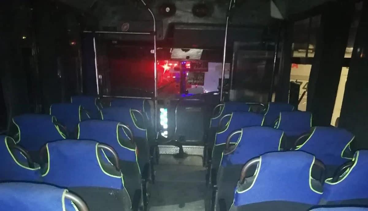 Intentan-asaltar-camión-pasajeros-los-someten-y-los-matan