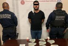 Photo of Circula en auto con droga y miles de dólares