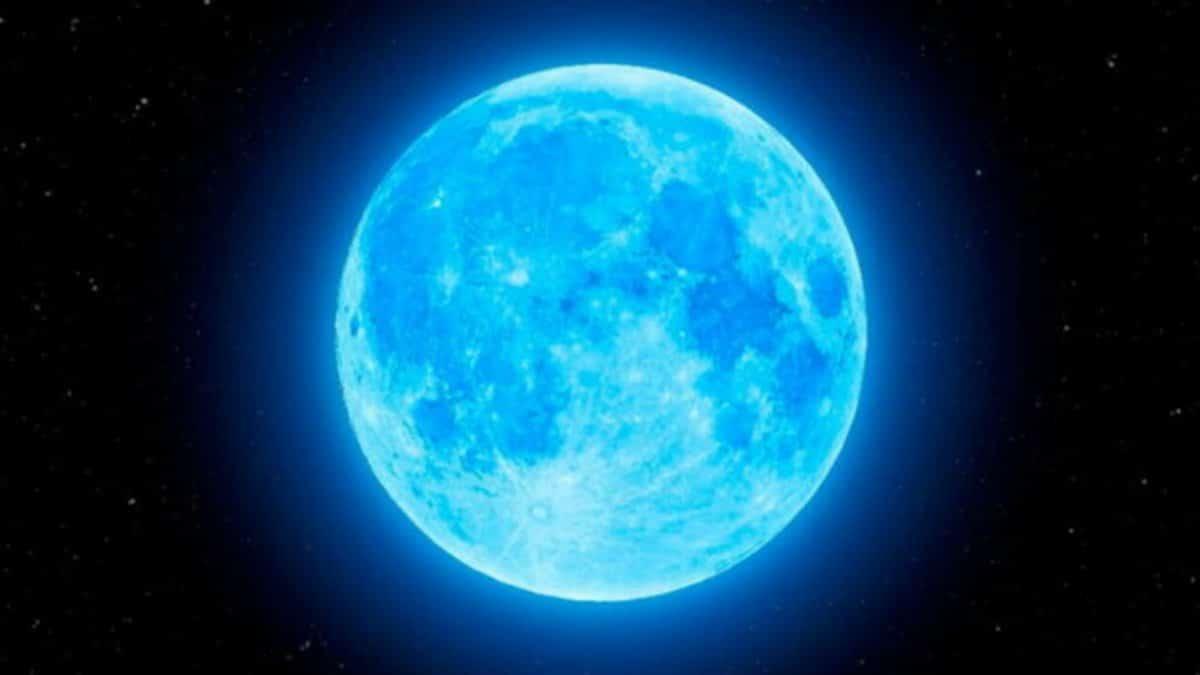 luna-azul-en-pleno-halloween