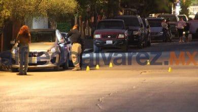 Photo of Lo atacan a balazos a bordo de su auto