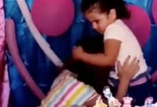 Photo of VIDEO: Hermanas pelean por la velita del pastel