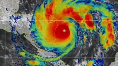 Huracán-Iota-toca-tierra-es-categoría-5-y-hay-marea-mortal