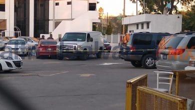 Taxistas-le-quitan-la-vida-en-estacionamiento