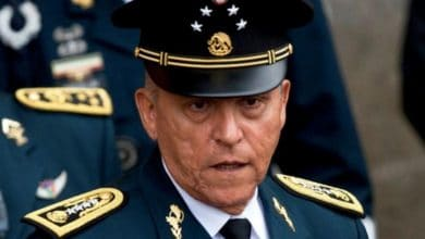 Llega-Cienfuegos-a-México-le-informan-de-investigación-y-se-va-a-casa