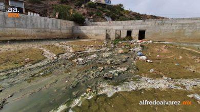 Colocan-en-Tijuana-malla-que-detendrá-residuos-contaminantes-en-playas