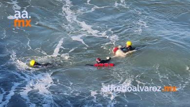 bomberos-rescata-cuerpo-de-un-hombre-en-real-del-mar